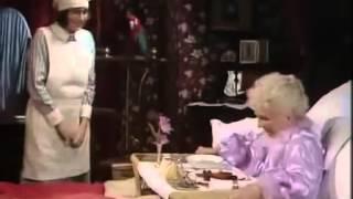 Ivy, Lady Lavender és a Hír TV