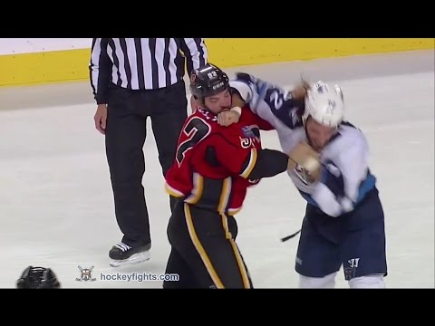 Brandon Bollig vs. Chris Thorburn