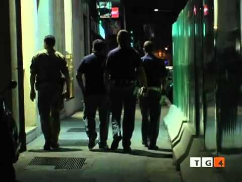 Lalcolismo e la criminalità sono due fenomeni di vita pubblica che sono in connessione vicina con lu