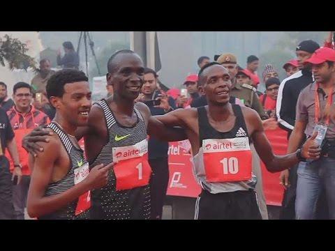 Kipchoge domine le marathon de Delhi