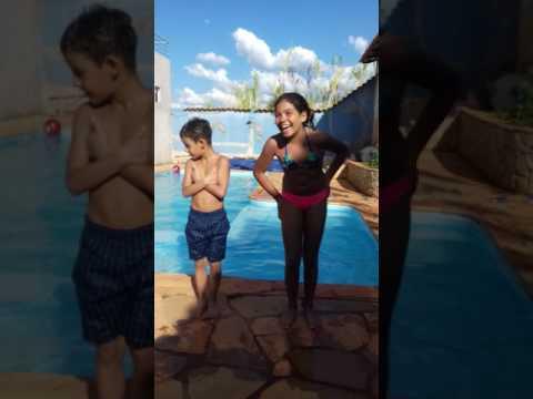 desafio da piscina no dia das crianças