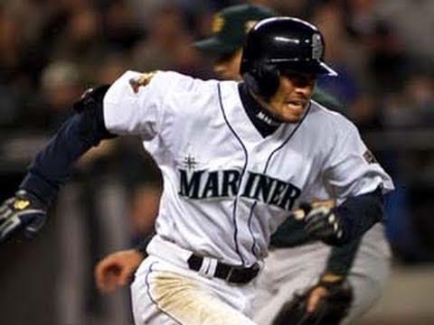 10/1/04: Ichiro Makes Hits-tory!