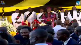 Uhuru arrives for John De Mathew's funeral service