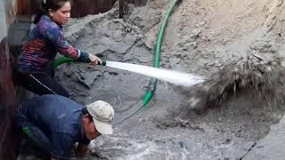 Kỹ thuật bơm cát của vợ chồng bạn Tới và vợ chồng bạn Huy / Sand pump pumping technique