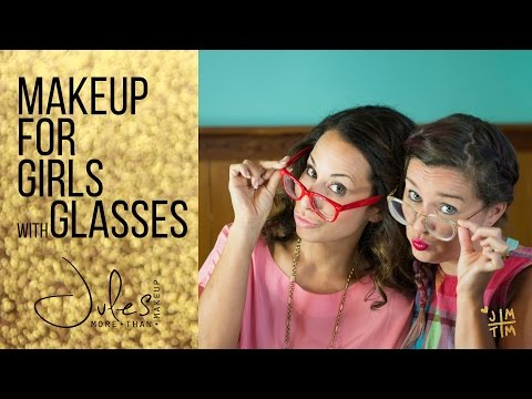 Makeup ideas for girls with glasses!