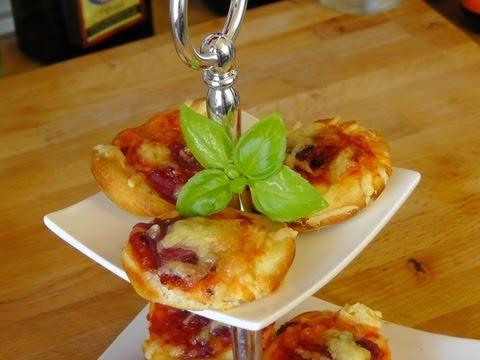 Mini Pizzen aus der Muffinform