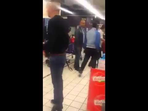 Tranche de vie dans un supermarché.