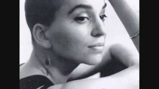 I'm No Heroine (lyrics) - Ani DiFranco(Living in Clip)