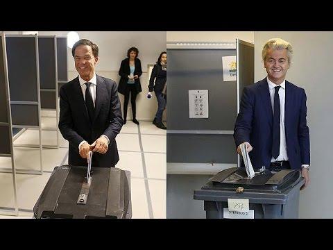 Βίλντερς ή Ρούτε; Οι Ολλανδοί ψηφίζουν, η Ευρώπη αγωνιά