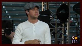 Niall Horan  Slow Hands Live At Wango Tango 2017