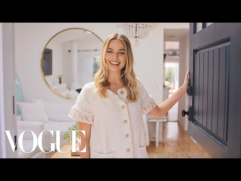 73 Questions With Margot Robbie