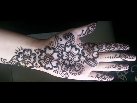simple floral henna arabic fusion style mehndi design by mehr mehndi