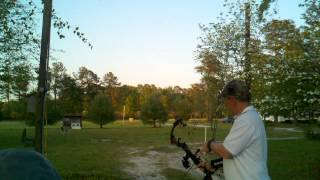 140 yard archery balloon pop Mathews Z7 part 1