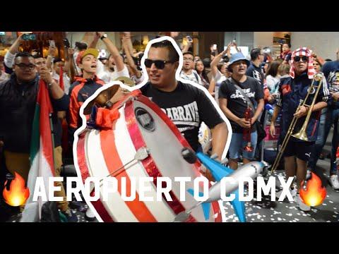 """""""RECIBIMIENTO A CHIVAS EN CDMX!!! Barra insurgencia, previa CLÁSICO  NACIONAL"""" Barra: Barra Insurgencia • Club: Chivas Guadalajara"""