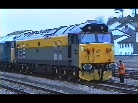50008 & 50015 on 'The Valiant Thunderer' railtour 23rd Novem…
