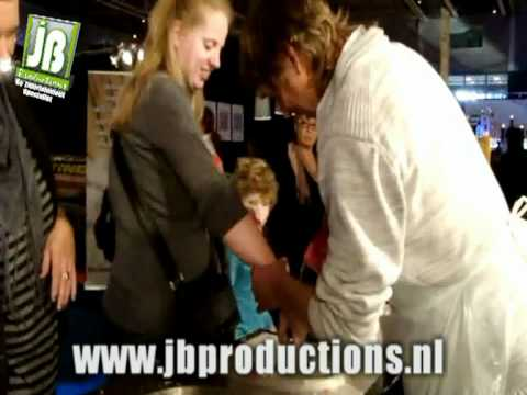 Video van Waxhands | Kindershows.nl