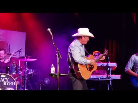 Tracy Byrd Don't Take Her She's All I Got at Billy Bob's 7.21.18