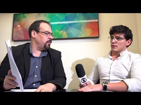 Vídeo cortado pela Globo mostra momento em que escritor expõe notícias falsas da Globo