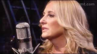 Lee Ann Womack - Don't Listen to the Wind [ Live ]