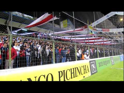 """Liga Deportiva Universitaria, Noche Blanca 2014 (mix de barras)"" Barra: Muerte Blanca • Club: LDU"