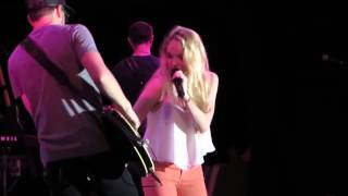 """[HD] Danielle Bradbery """"Young In America"""" Live In NY"""