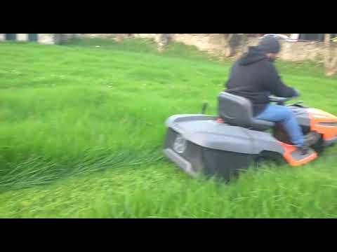 Husqvarna Tractor Lawn Mover