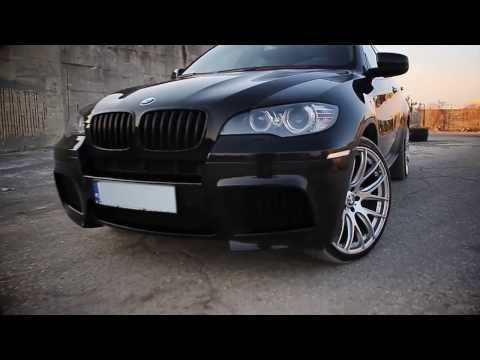 BMW X6 on 22 inch wheels