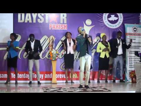 Atmosphere of worship with Wisdom Ekong