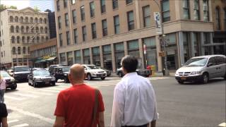preview picture of video 'FDNY EMS AMBULANCE RESPONDING NEAR CHURCH ST. & DUANE ST. IN TRIBECA, MANHATTAN, NEW YORK CITY.'