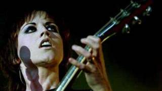 Dolores O`Riordan - The butterfly