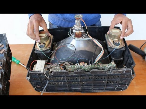 What is Inside a 25 Year Old B&W Television | Vintage Black & White TV | Blade XYZ