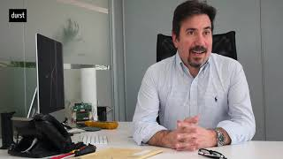 Entrevista a Ángel Valderas, director técnico de Durst Ibérica, sobre las soluciones híbridas de la empresa