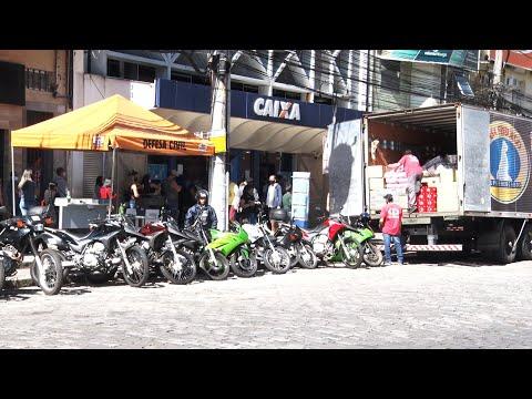 Apesar do movimento intenso nas ruas, Nova Friburgo tem filas menores para saque do auxílio emergencial