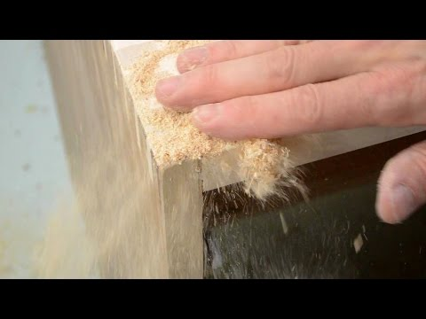 Repair Unsightly Joinery Gaps With Glue And Sawdust
