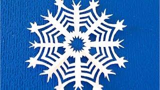 DIY Как вырезать снежинки из бумаги. Как сделать снежинку на Новый год.