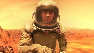 男孩出生在火星,16年后回地球找爸爸,可他却无法承受地球的重力!