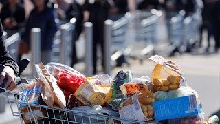 Supermarkets call for police protection amid fears of rioting