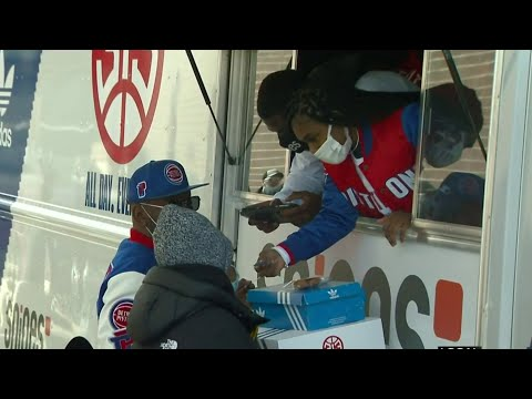 Detroit Pistons celebrate 313 Day by giving back to community