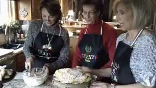 3 Sisters Cooking Italian: Pizzelles & Sour Cream Twists