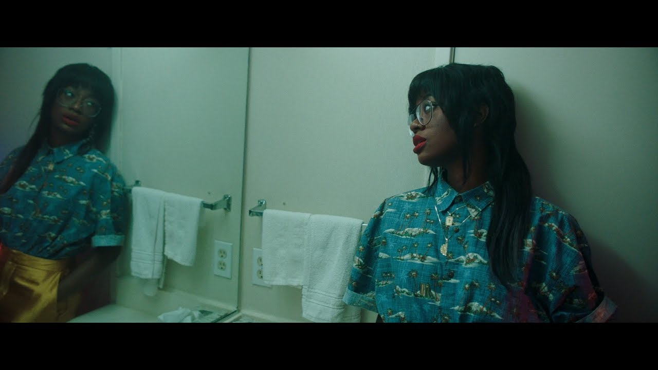 Kari Faux - LEAVE ME ALONE (Official Music Video) - YouTube
