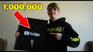 Unboxing The Gold 1,000,000 Plaque - LIVESTREAM