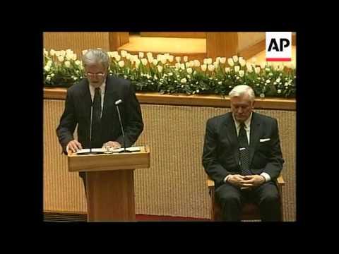 LITHUANIA: VALDAS ADAMKUS SWORN IN AS NEW PRESIDENT