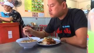 ข้าวหมูกรอบแห่งกระบี่ Krabi street food