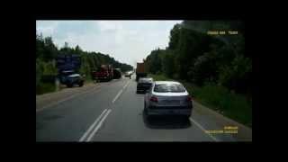 Авария возле Вологды: два грузовика