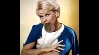 CLOSE YOUR EYES-Doris Day