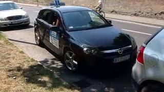 Parkolás Párhuzamos Előremenetben Zoom Autósiskola Győr