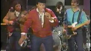 Chubby Checker- Harder Than Diamond (Friday's Live - 1982)