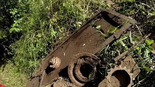 (1) Копал металл,сдавал металл