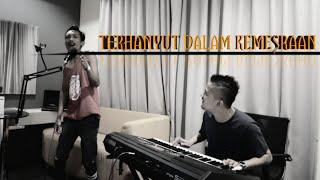 Download lagu Terhanyut Dalam Kemesraan Uda Fajar Mp3