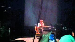 Frank Ocean - White (Odd Future live from Hammerstein Ballroom 3/20)